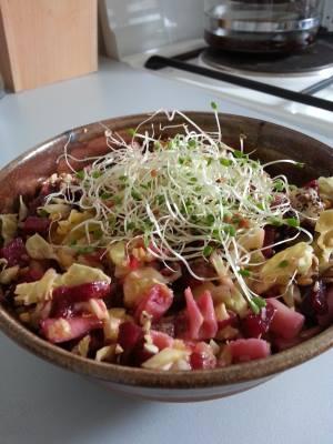 belle salade legumes pates graines germees Diététique naturelle