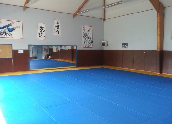 dojo-santec-qi-gong-meditation-respiration-relaxation-panier-du-bien-etre-saint-pol-de-leon-finistere-nord-bretagne