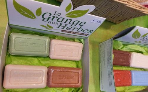 Savons grange aux herbes finist re shampooing grange - La grange du bien etre vendegies au bois ...
