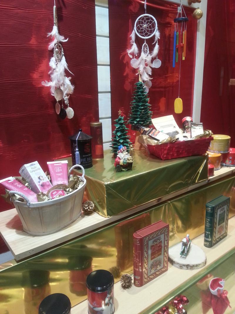 cadeaux-noel-cadeaux-naturels-paniers-cadeaux-fetes-noel-panier-du-bien-etre-centre-ville-st-pol-de-leon-pays-morlaix-finistere-1