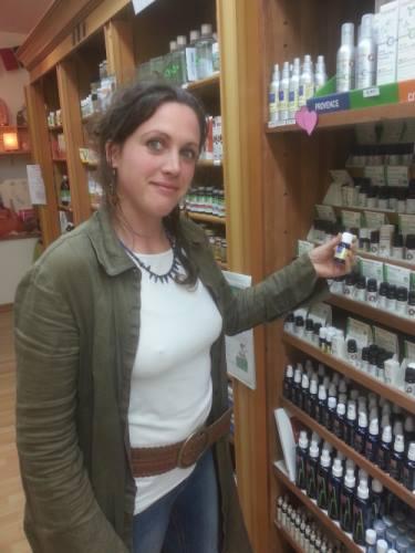 Amélie Kerbiriou préparatrice en pharmacie naturelle, DU médecine naturelle de l'Universite de Bobigny