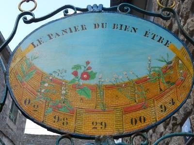 Panneau originel du Panier du Bien-être à Saint-Pol-de-Léon (29)