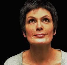 Patricia Darré, Médium, journaliste et écrivain