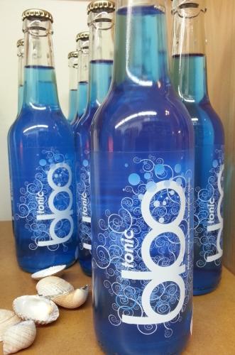 Découvrez la nouveauté : la Blue Tonic, boisson officielle des artistes aux Vieilles Charrues 2014. Boisson à la spiruline !