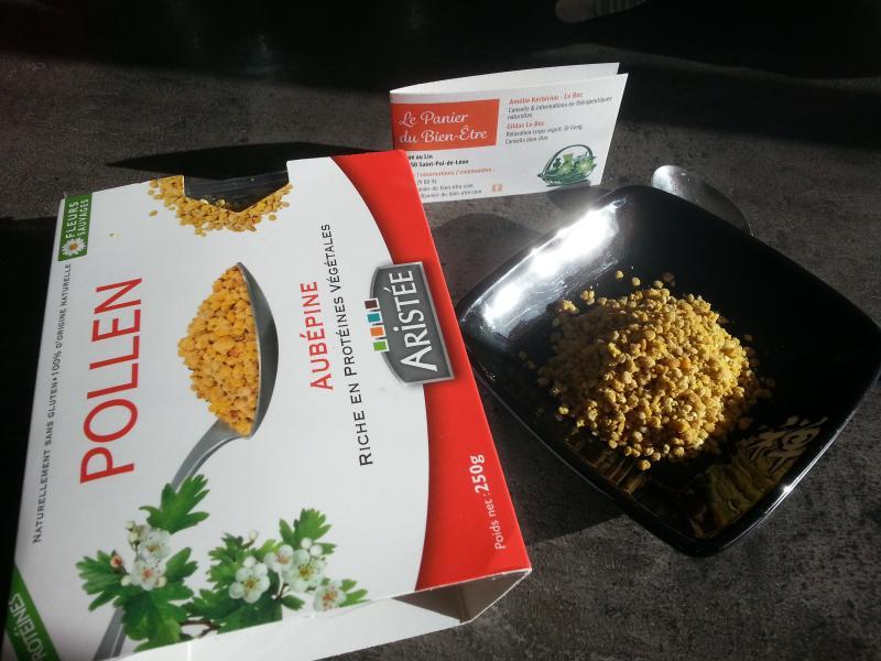 Apitherapie-produits-ruche-Propolis-Miels-Pollen-frais-Gele royale-vitalite-panier-bien-etre-st-pol-de-leon-finistere
